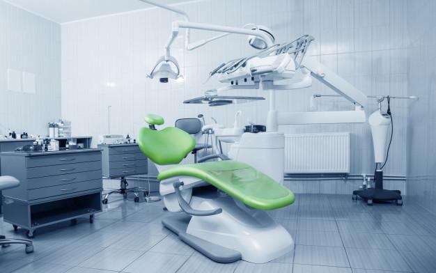 visit the dental clinic before choosing a dentist